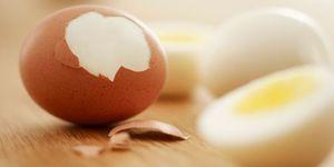 Треснутое вареное яйцо хранится при комнатной температуре 5 часов